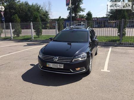 Volkswagen Passat 2012  выпуска Полтава с двигателем 1.4 л газ универсал автомат за 11500 долл.
