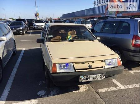 Lada 2108 1987  выпуска Киев с двигателем 1.3 л газ хэтчбек механика за 1200 долл.