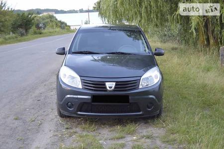 Dacia Sandero 2011  выпуска Ровно с двигателем 1.5 л дизель хэтчбек механика за 6199 долл.