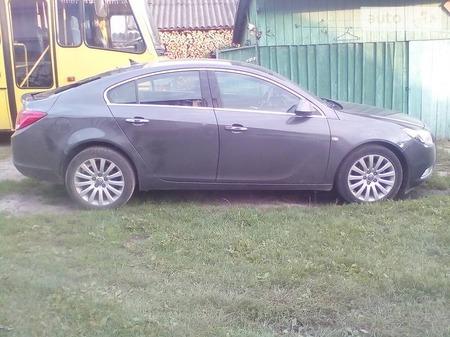Opel Insignia 2010  выпуска Львов с двигателем 2 л дизель хэтчбек механика за 11500 долл.