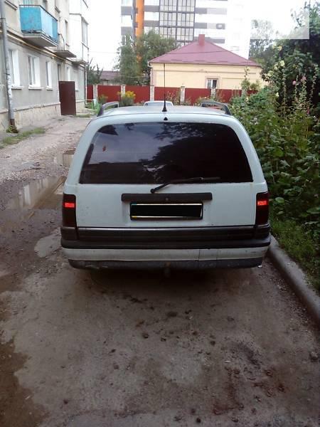 Opel Omega 1993  выпуска Тернополь с двигателем 2.3 л дизель универсал механика за 2500 долл.