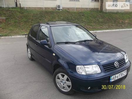 Volkswagen Polo 2000  выпуска Винница с двигателем 1 л бензин хэтчбек механика за 4300 долл.