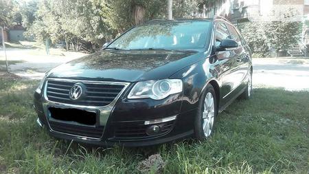 Volkswagen Passat 2010  выпуска Сумы с двигателем 2 л дизель универсал механика за 10000 долл.