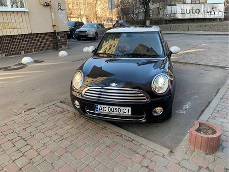 Mini Cooper 2008  выпуска Киев с двигателем 1.6 л дизель хэтчбек механика за 8900 долл.