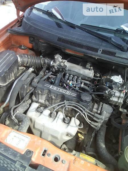 Chevrolet Aveo 2006  выпуска Винница с двигателем 1.5 л газ седан механика за 5250 долл.