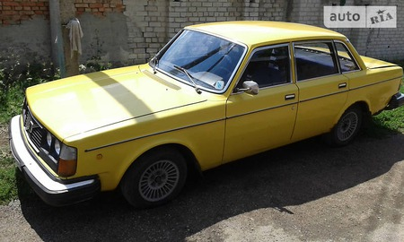 Volvo 240 1980  выпуска Кировоград с двигателем 2.1 л газ седан механика за 1100 долл.
