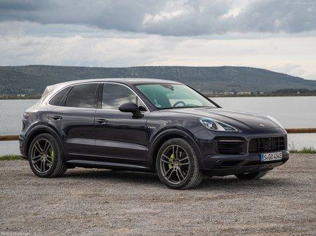Porsche Cayenne 2019  выпуска  с двигателем 3 л бензин внедорожник автомат за 2748900 грн.