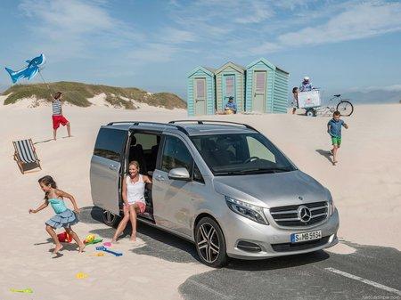 Mercedes-Benz V 250 2019  выпуска  с двигателем 2.1 л дизель минивэн автомат за 49585 евро