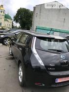 Nissan Leaf 2011 Ровно  хэтчбек автомат к.п.