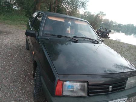 Lada 2108 1991  выпуска Львов с двигателем 1.3 л бензин седан  за 1250 долл.