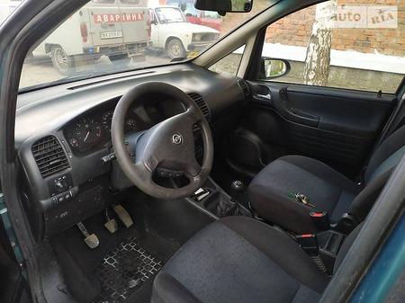Opel Zafira Tourer 2001  выпуска Хмельницкий с двигателем 2 л дизель минивэн механика за 5600 долл.