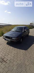 Mazda 323 1986 Одесса 1.3 л  хэтчбек механика к.п.