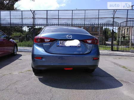 Mazda 3 2014  выпуска Днепропетровск с двигателем 2 л бензин седан автомат за 13500 долл.