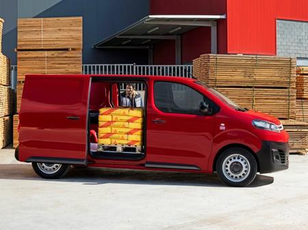 Citroen Jumpy 2020  выпуска  с двигателем 2 л дизель фургон механика за 997340 грн.