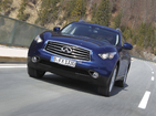 Инфинити Кюикс70 3.7 V6 AT Sport AWD