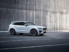 Вольво XC60 2.0 T8 AT AWD R-Design